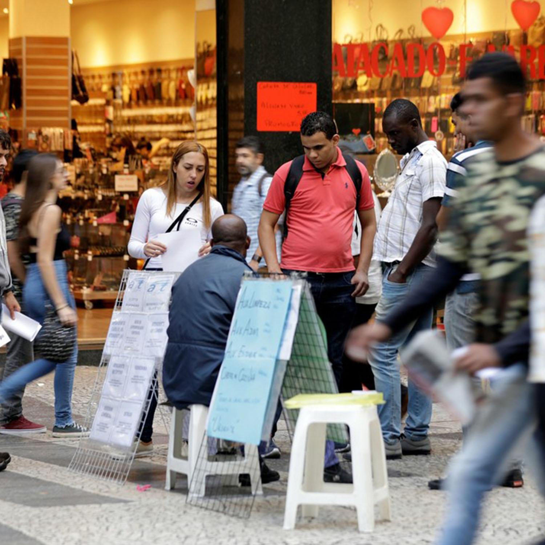 Indicador de emprego tem maior nível da série e indica tendência favorável, diz FGV